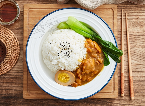 三宝咖喱鸡肉饭